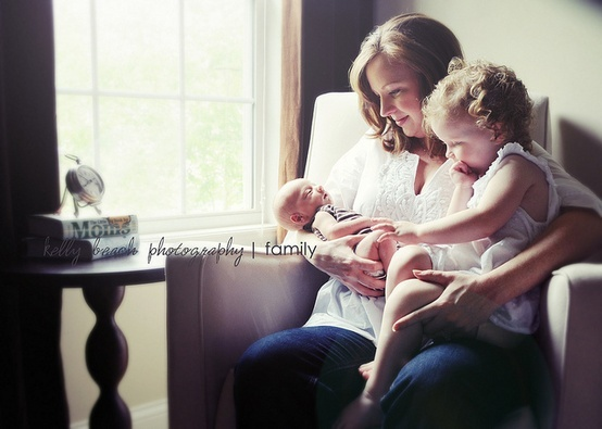 Inspirational shoot with Mom, brother and newborn