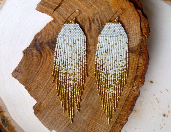 Crème/or Iris Fleck boucles par wildmintjewelry sur Etsy