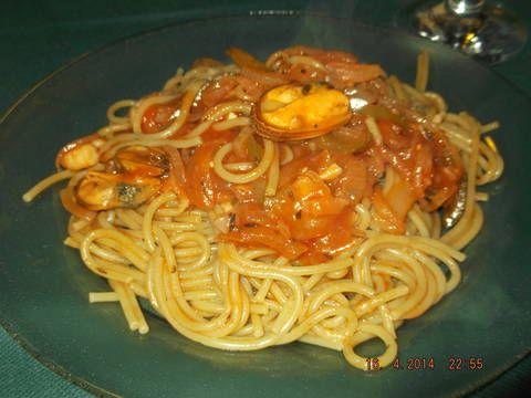 Vermicelli con camarones y mejillones Receta de marianrossi - Cookpad