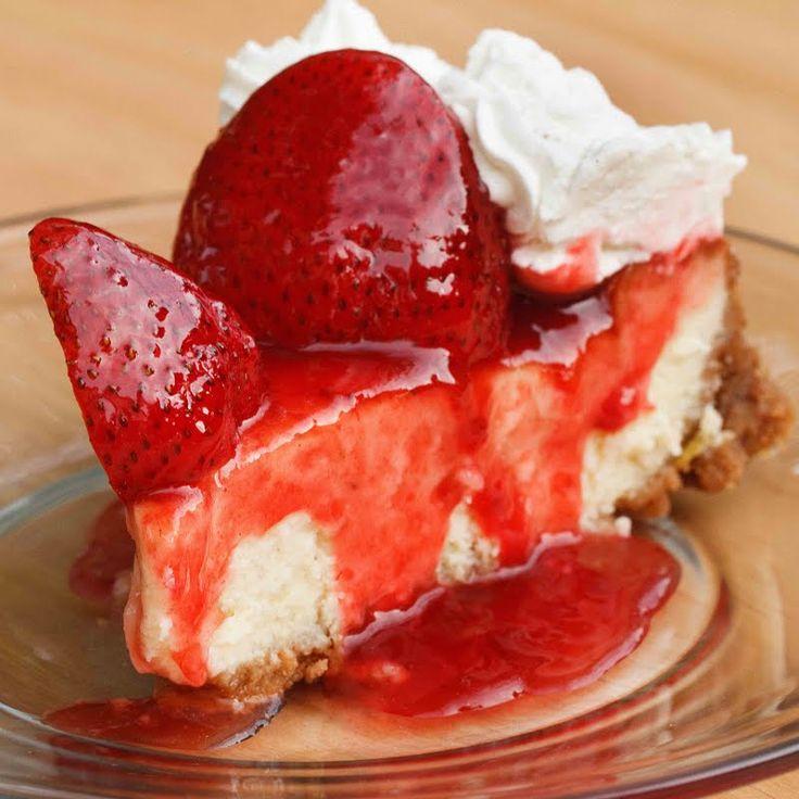 Mascarpone Strawberry Cheesecake: Mascarpone Strawberries, Yummy Cheesecake, Strawberries Cheesecake, Cheesecake Recipies, Mascarpone Cheesecakecreami, Sweet Tooth, Culinary Journey, Favorite Recipes, Cheesecake Recipes
