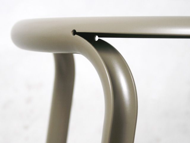 Daniel Lorch presented his latest project: Split Chair. It's a combination of traditional tube bending with the newest 3D laser-technology