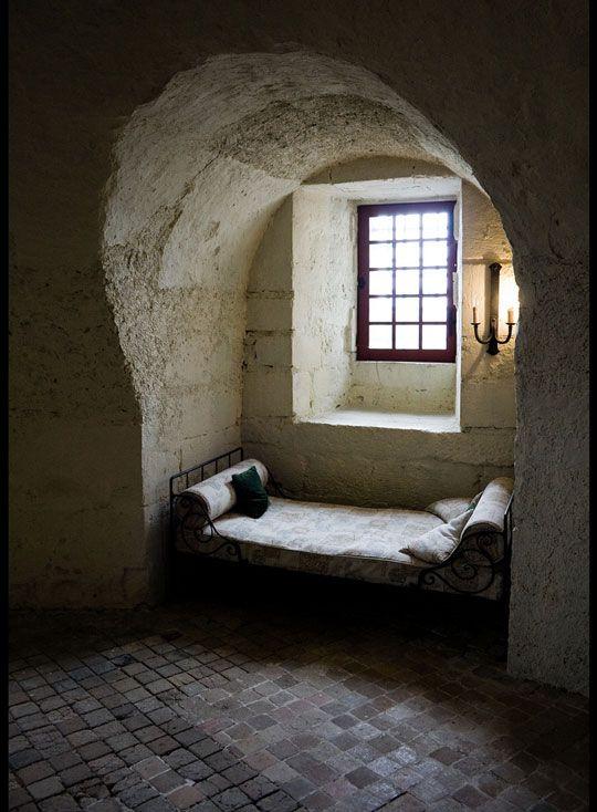 beautifulSpaces, Windows Seats, Book Nooks, Castles, Beautiful Windows, House, Sleep, Window Seats, Architecture Creative
