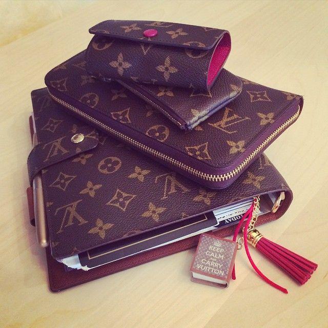 Louis Vuitton agenda GM, Zippy Organizer Wallet, Cles, and 6-key holder