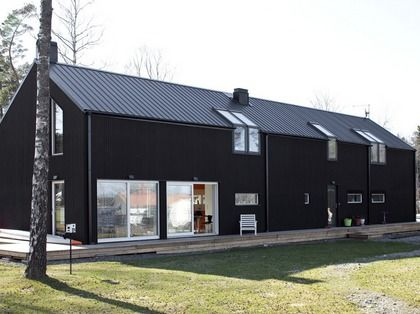 25 best ideas about black barn on pinterest black house for Modern pole barn homes