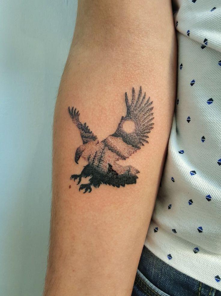 tattoo eagletattoo tattoed besiktas wolftattoo eagle wolf tattoos pinterest wolf. Black Bedroom Furniture Sets. Home Design Ideas