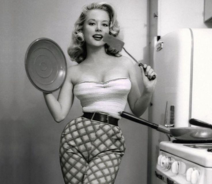 Betty Brosmer early 1950's