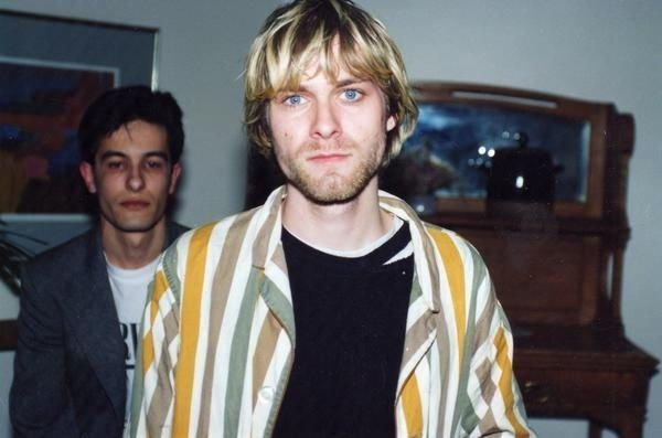 28 Rare Pictures Of Kurt Cobain - seriously *those eyes*