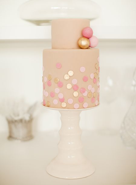 Simple and pretty cake.