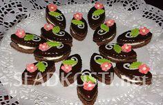 Čokoládové oválky s krémem