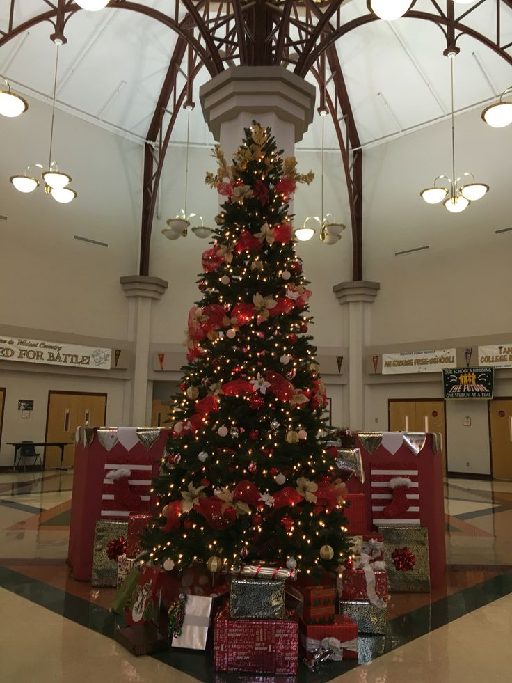 12 ft Christmas Tree at HRMS red, gold, white, and silver Christmas tree