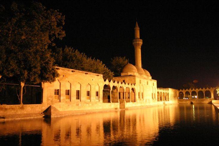 İnanç Turizmi: Hem İbadet Hem Ziyaret