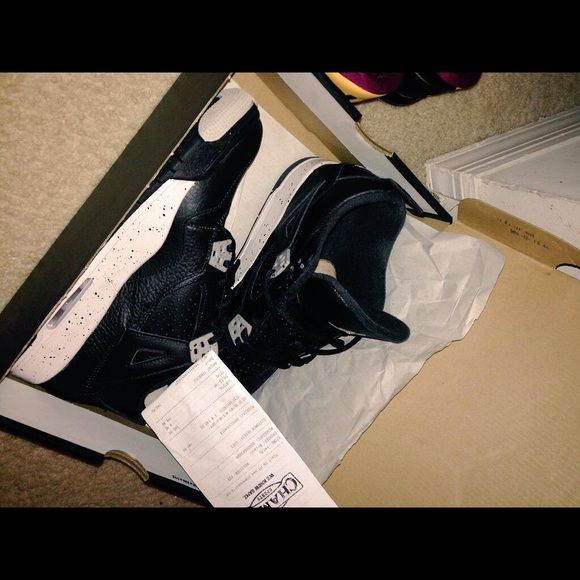RETRO 4 OREO 7Y GS NEED GONE VNDS , Great condition , comes with OG box & receipt . 2015 release . SELLING AT RETAIL, I ACCEPT TRADES ONY FOR HEAT THOUGH. Jordan Shoes Sneakers