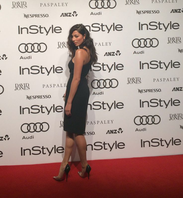 InStyle favourite and David Jones Store ambassador Jessica Gomes hits the Women of Style red carpet in Carla Zampatti dress, Louboutin heels and a Jimmy Choo clutch. Stunning!