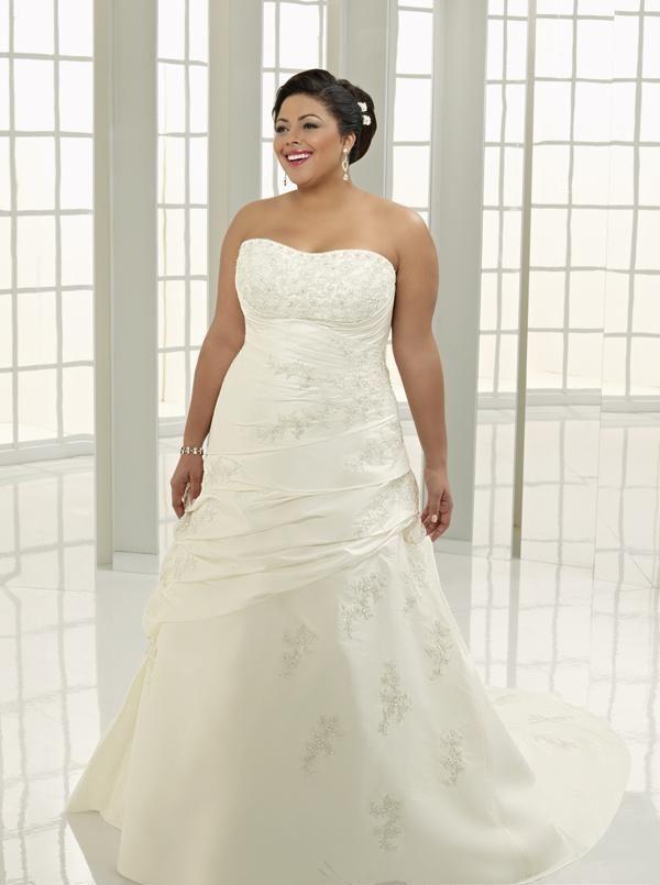 17 Best images about Wedding Dresses -Plus Size on Pinterest ...