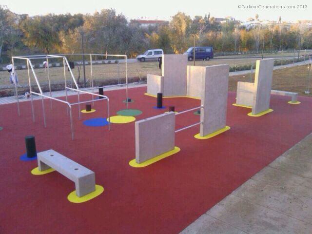 Freemove 1st parkour park in Spain, this parkour training facility is the first of its type in Spain. www.freemove.co.uk