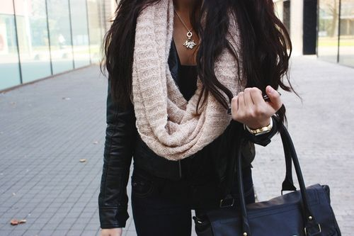 Black Leather Jackets, Style, All Black, Infinity Scarfs, Scarves, Fall Outfit, Winter Fashion, Necklaces, Hair