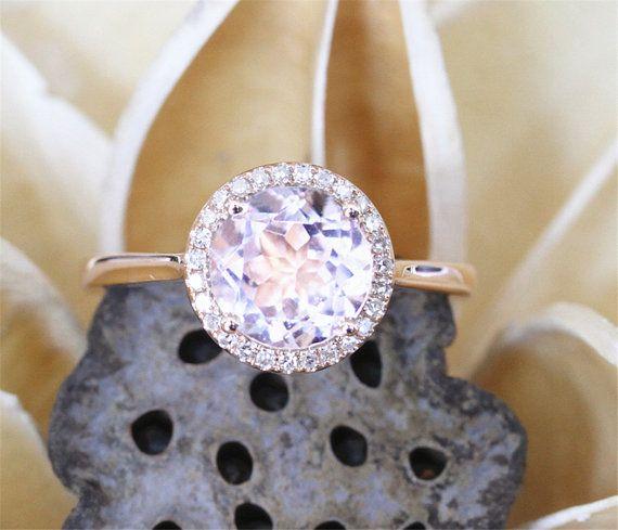 Fancy roze Morganite Ring, 8mm ronde geslepen Morganite verlovingsring, Halo diamanten, Plain Ring Band 14 K Rose Gold Ring, stapelbare Ring, Gouden Ring