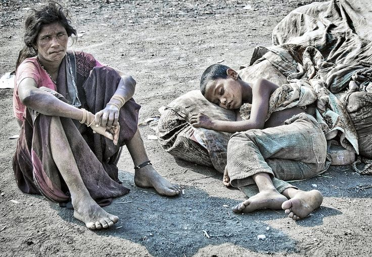 https://flic.kr/p/6pgiHo | INDIA2249/ .......SUPER 8 MOTEL | Slumdog Billionaires................ luxurious quarters. Soft king size beds manicured gardens servants swimming pools fine food best perfume and education money can buy. Pure unadulterated poverty is truly marvelous ! the Dhalits of Bandra, MOOOOOOOOOOOOOOOOOOMBAI