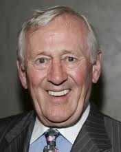 "Leonard Joseph ""Len"" Cariou (born September 30, 1939) is a Canadian actor, best known for his portrayal of Sweeney Todd in the original cast of Sweeney Todd, the Demon Barber of Fleet Street. He currently plays the patriarch, Henry Reagan, NYPD Police Commissioner (retired), in the multi-generational television series Blue Bloods on CBS."