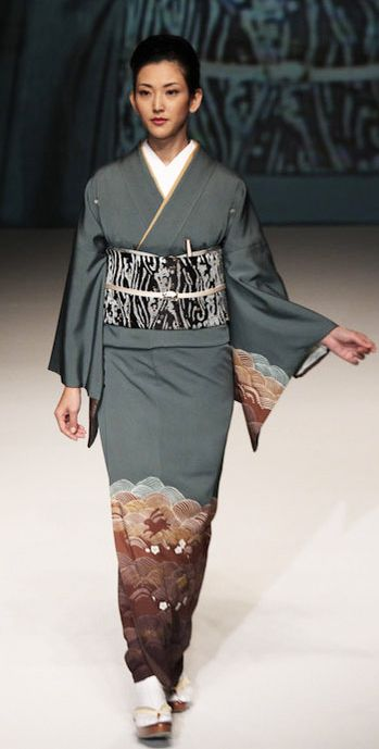 Yukiko Hanai designed this silk kimono and obi. 2012, Japan