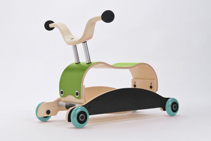 Wishbone mini flip mix and match. Le Mini Flip de Wishbone Bike est un jouet 3 en 1 adapté aux enfants dès 9 mois. Multi fonctionnel, il se transforme du jouet à bascule au jouet à pousser ou à tirer.