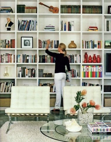 9 Dazzling Built-In Bookcases That Will Wow You