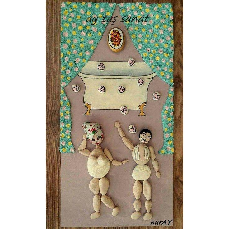 20×40 cm Banyo dekorasyonu için tasarlanan çalışmamız.. ☞ay taşsanat tasarımı☜ #taşboyama  #hobi #orjinal #tasarım #pano #stone #art #rock #stoneart #farklı #hediyelik #tablo #instalike #handmade #taşboyamatablo #elemeği #elemeginedestek  #hobinisat #paintingstones #evdekorasyon #batıkent #ankara #song #sipariş #banyodekorasyon #bathroom #banyo #bathroomdesign #10marifet