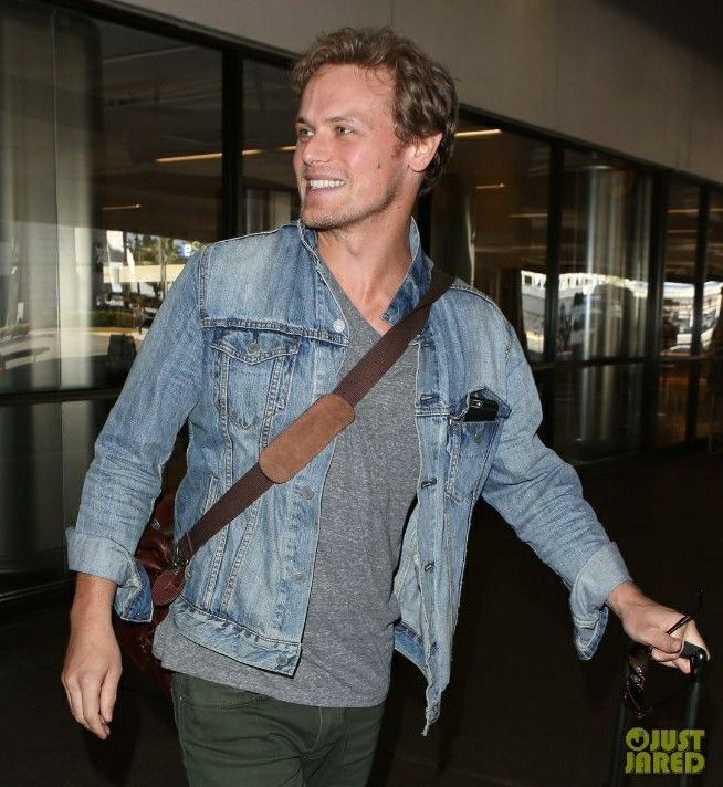 Sam Heughan at the airport after just arriving for the San Diego Comic Con festival - Outlander_Starz Season 3 Voyager - July 21st, 2017