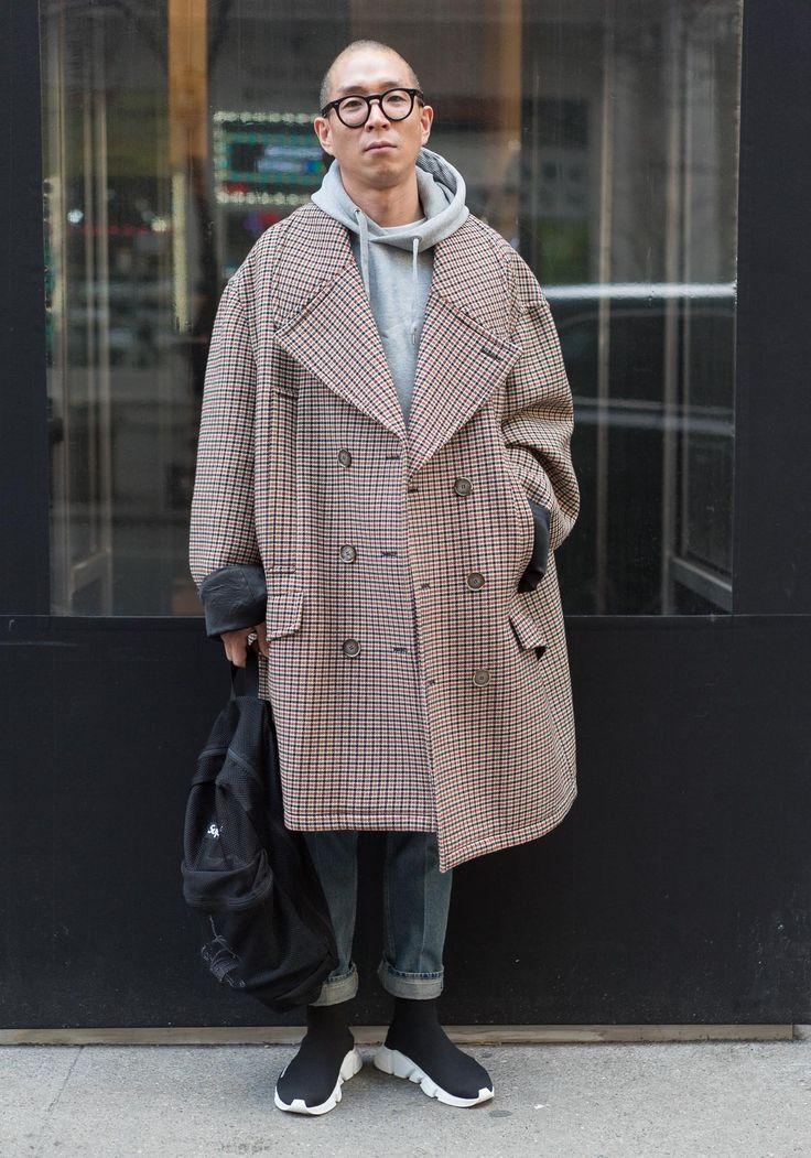 NYC Looks Fashion, Supreme backpack, Street wear