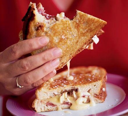 Pan-fried Camembert Sandwich With White Bread, Camembert, Cranberry Sauce, Balsamic Vinegar, Butter