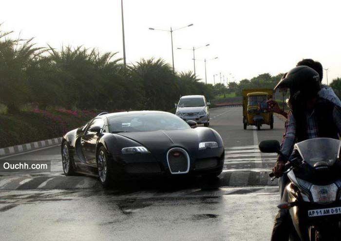 world s fastest car bugatti veyron stuck on a speed. Black Bedroom Furniture Sets. Home Design Ideas