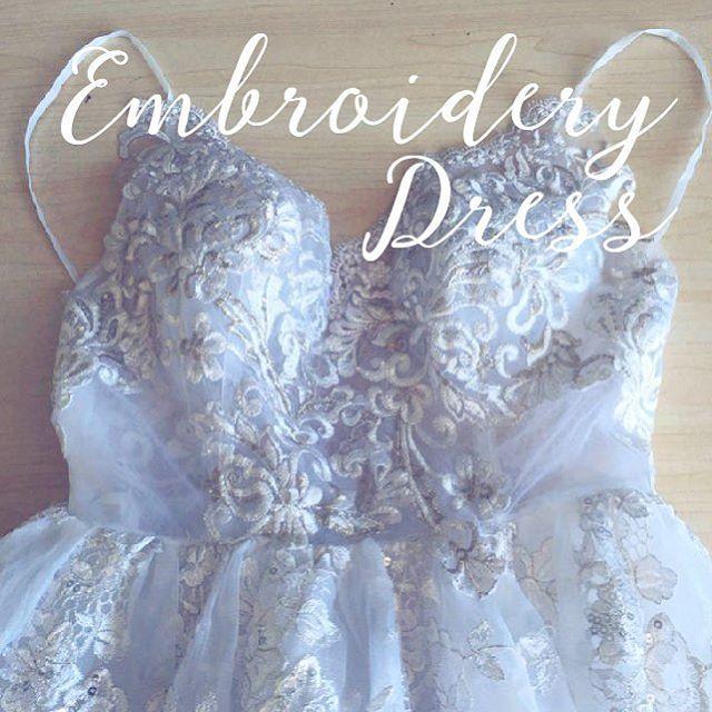 ソイメーム〜自分らしく〜 * トレンドのカラー刺繍ドレス✨ キャミソールタイプはリゾート婚や、海外でのフォトツアーにもオススメです^ ^ ・ オートクチュールウェディング、オーダードレスタキシード承ります! 詳しくはDMまで!  #wedding #weddingdress #オーダーメイドドレス #オートクチュール #フルオーダーウェディングドレス #vintage #高砂 #高砂装飾 #オリジナルウェディング#会場装花 #ウエルカムスペース装飾 #ペーパーアイテム #刺繍ドレス #soimême #ソイメーム#soimeme#ordermade #originaldress #プレ花嫁  #二次会ドレス #2018春婚 #2018冬婚 #オートクチュールウェディング #テーブルコーディネート #2018夏婚 #2018秋婚soimeme_tokyo