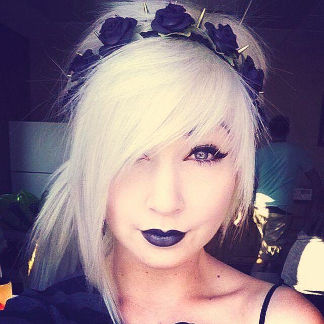 gorgeous hair, headband and makeup
