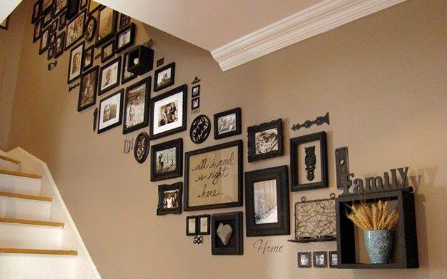 Embellissez votre escalier : créez un mur de photos