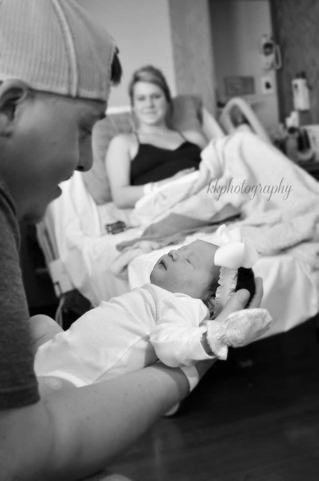 Newborn hospital photography