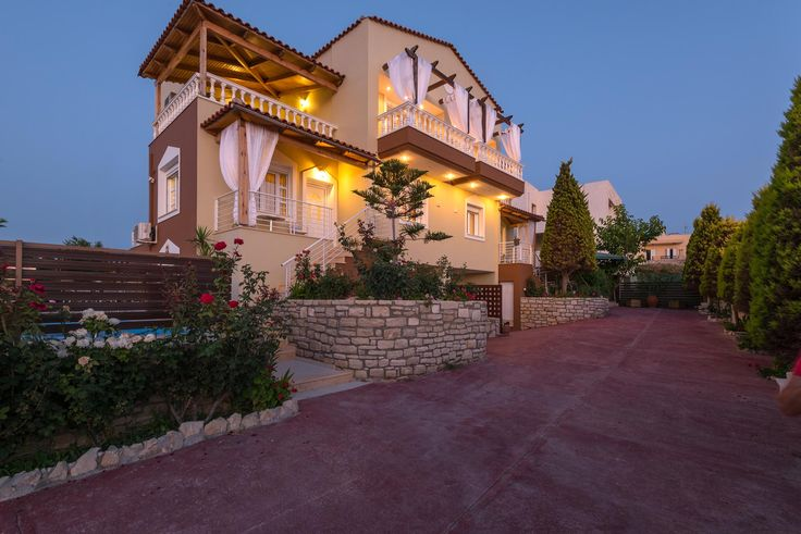 Come in villa Apollon for magic holidays! #greece #holidays #relaxation #vacation #villas #Rethymno