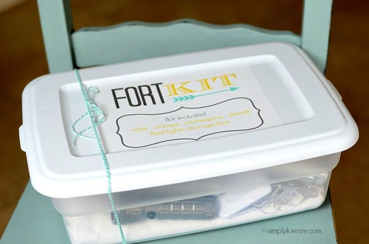 No-sew fort kit ... we're so doing this ~