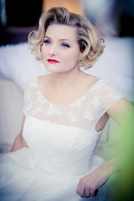 20 Bridal Short Hairstyles | http://www.short-haircut.com/20-bridal-short-hairstyles.html