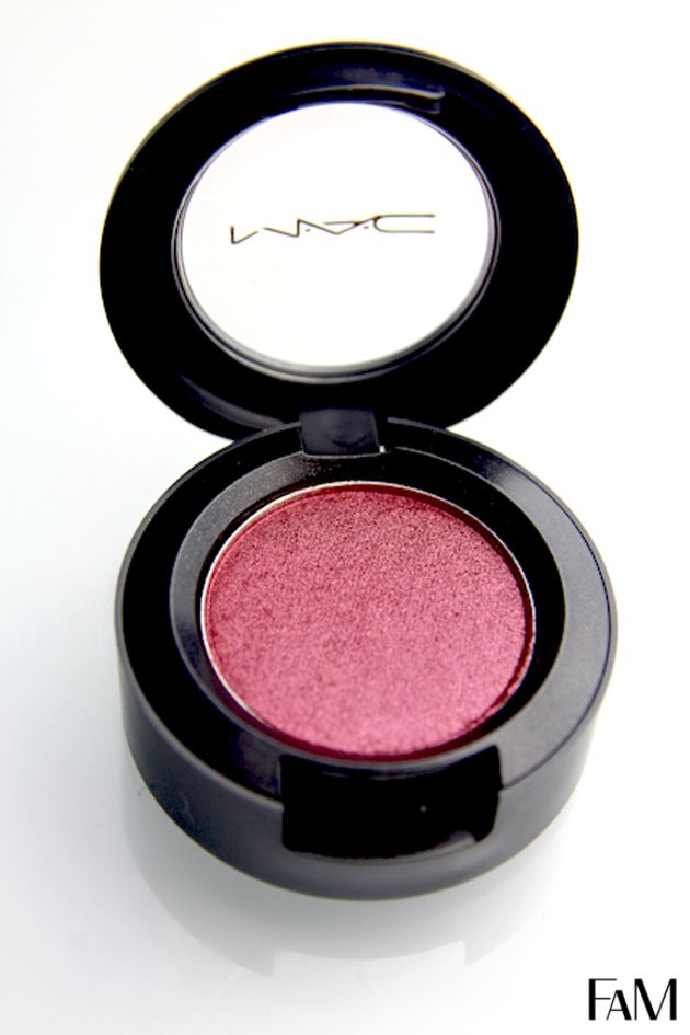 Mac Cranberry eyeshadow gorgeous on green eyes