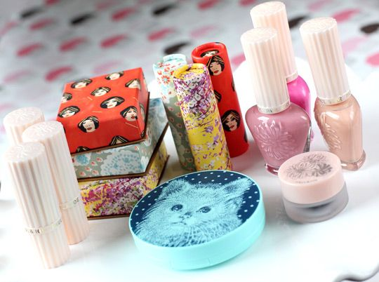 I'm a huge fan of Paul and Joe cosmetics packaging...: 2012 Gifts, Pretty Makeup, Favorite Makeup