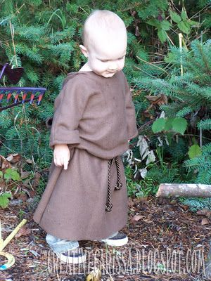 Monk or Jedi Halloween costume tutorial. She shows you how to make the costume using the wearer's clothes as a pattern so you could make this for babies through adults. Plus it's fleece so it's super warm.