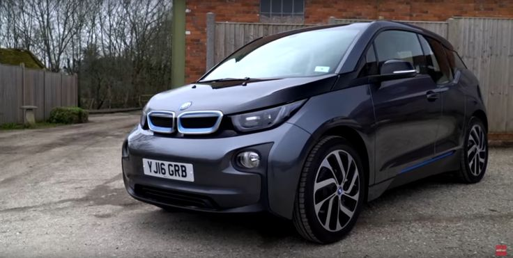 Video: What Car Reviews the 2017 BMW i3 94Ah - http://www.bmwblog.com/2017/06/12/video-car-reviews-2017-bmw-i3-94ah/