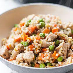 Kaszotto z kurczakiem, marchewką i groszkiem | Kwestia Smaku