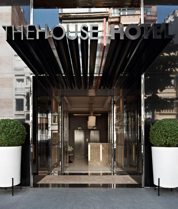 Welcoming entrance portal design google search facades for Hotel entrance design