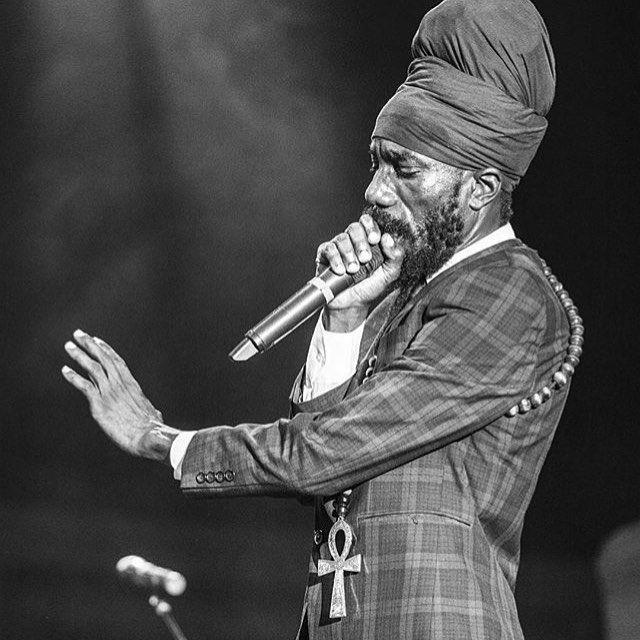 Sizzla Kalonji  #Sizzla #Rasta #ChakaRastar #Rastafari #HaileSelassieI…