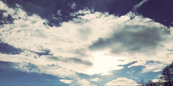 Der blau-weiss, bayerische #Himmel über dem #Chiemsee :-) #Fotos #photography #Bayern #bavaria #sky