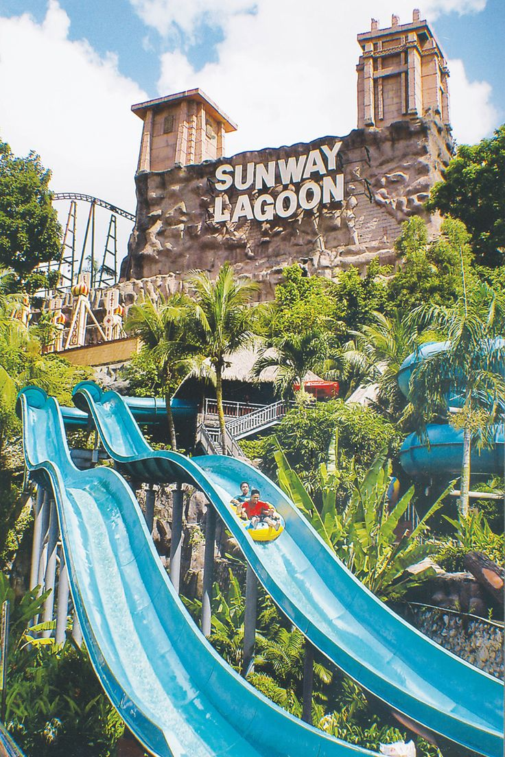 Sunway Lagoon Theme Park Tour With Dinner On Private Basis : The Sunway Lagoon Theme park is divided into five section namely – Water Park, Amusement Park, Extreme Park, Scream Park, Wildlife Park. Visit the Sunway Lagoon Theme park and indulge in to various fun activities, enjoy thrilling joy rides and many fun loving activities. Spend great time with your family and friends and have a wonderful time. #dpauls