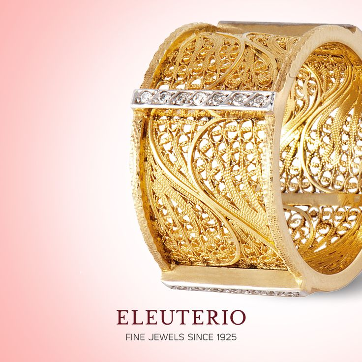 Deco Filigree collection ring in yellow gold and diamonds