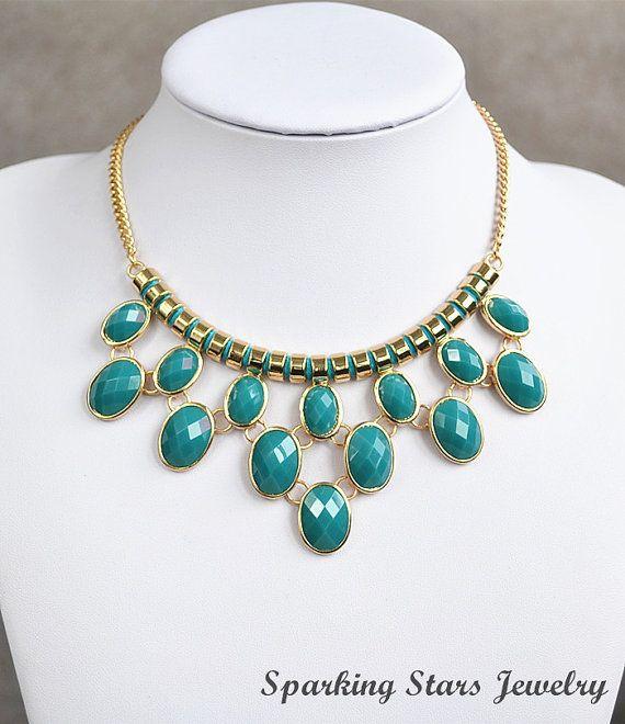 """Bulle Turquoise unique Bib Necklace, collier de perle de Cluster, collier pendentif """"BOLD"""", déclaration Chunky collier, collier de fête / mariage sur Etsy, 9,04€"""