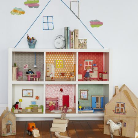 DIY Bookcase Dollhouse